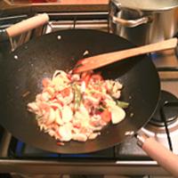 Kínai, pirított tésztás csirke