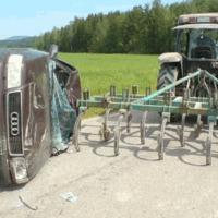 Utolérte a traktort az Audi