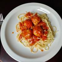 Húsgombócos bolognai spaghetti
