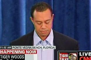 Tiger Woods bűnbánó öltözéke