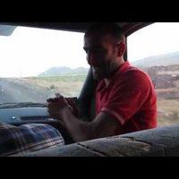 Mulatozás kurd zenére