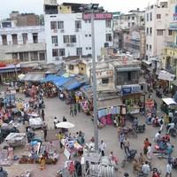 Csótányos szállásunk Delhiben