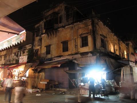 Dehra Dun utcakép