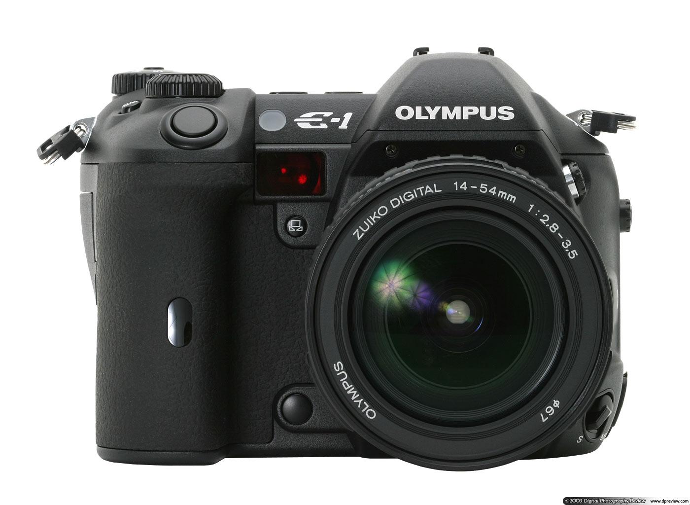 Olympus E-1 (kép a DPReviewról)
