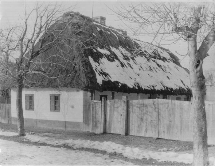 1832-es parasztház.jpg