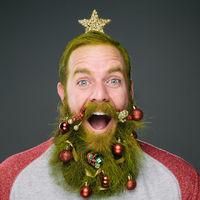 A szakállas férfiak és a karácsonyi hangulat őrült dolgokra képes!