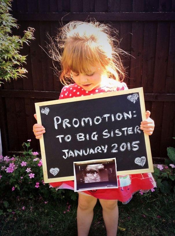 creative-pregnancy-announcement-card-26_605.jpg