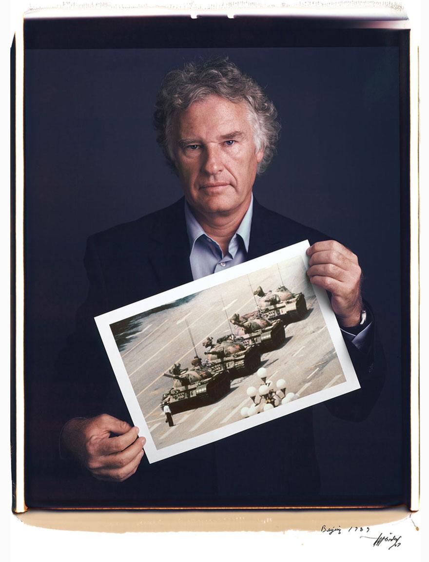 famous-photographer-portraits-behind-photographs-tim-mantoani-4.jpg