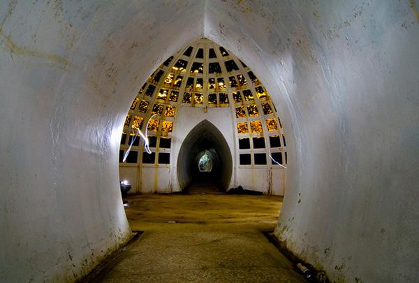bq01r-tunnel-intro.jpg