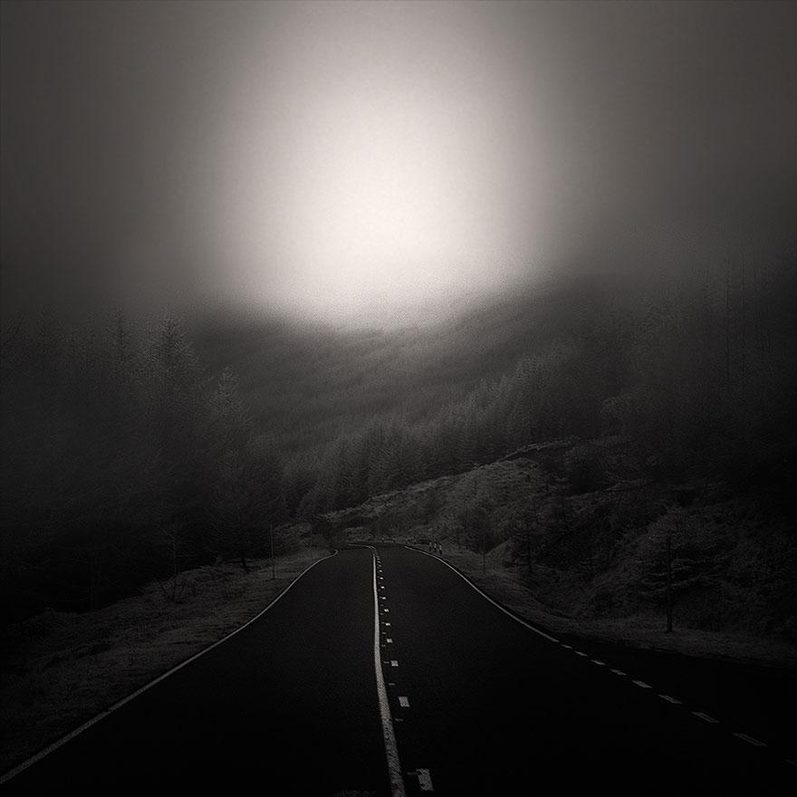 Ha a szíved azt mondja: 'Erre!' és az eszed azt mondja: 'Arra!' - kövesd a szíved szavát! Menj erre! De tudd, hogy ez a veszedelmesebb út.<br />Müller Péter
