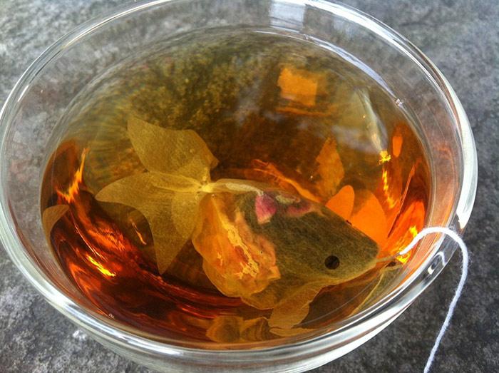 gold-fish-tea-bag-charm-villa-7.jpg