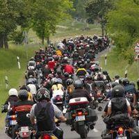 Zászlós Felvonulás a Harley-Davidson Fesztiválon
