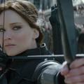 Szóval ott tartottunk, hogy Katniss felébredt...