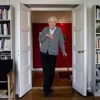 Svéd költő nyerte a Nobel-díjat - megérdemelten