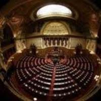 A parlament felsőházában a kultúra szereplői