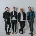 Nagylemez és nagykoncert Bluebay Foxes módra