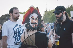Hangulatjelentés a FEZEN Fesztivál első napjáról