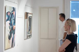 Látogatható Kőszeghy Flóra kiállítása Szentendrén