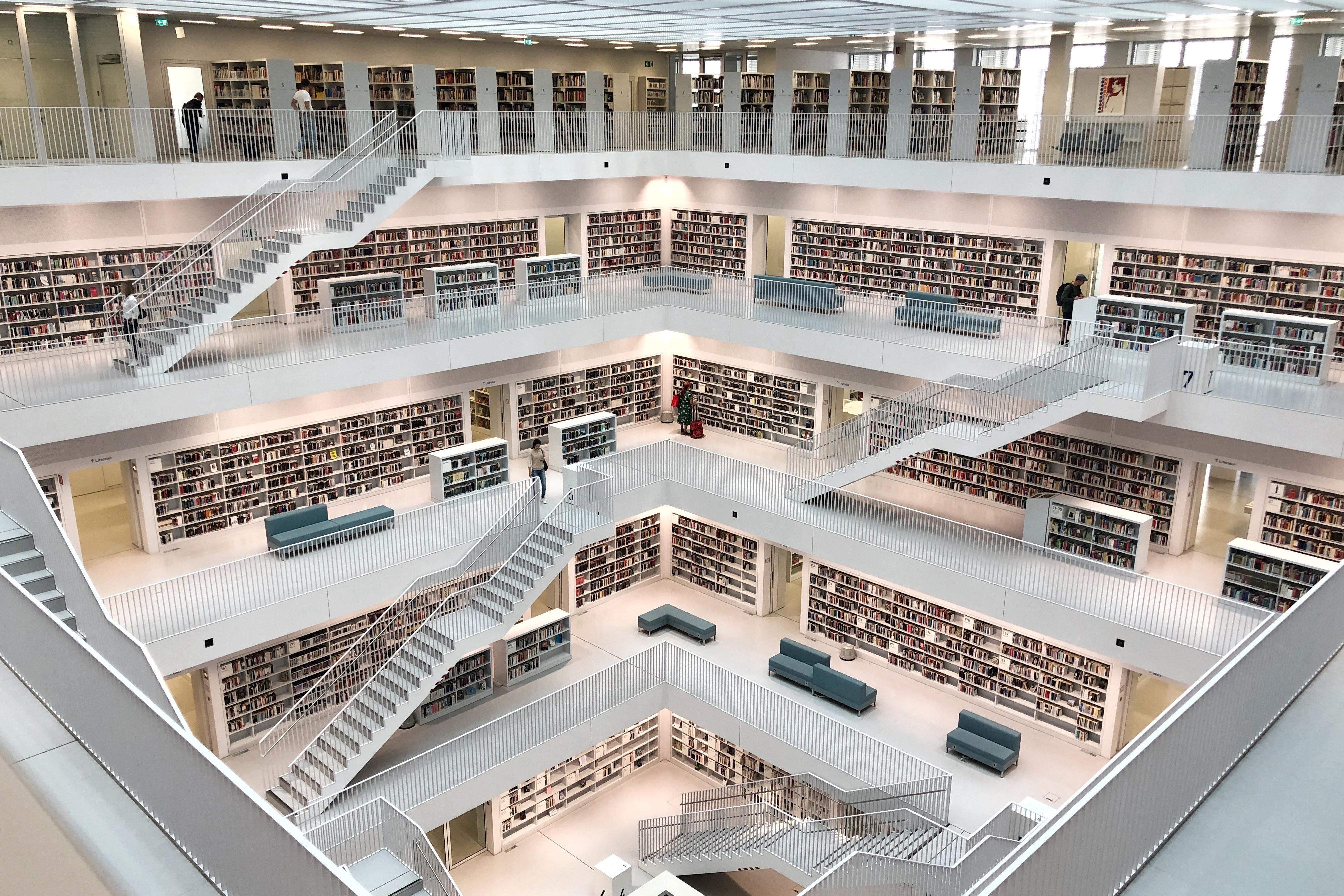 bibliothek3.jpg