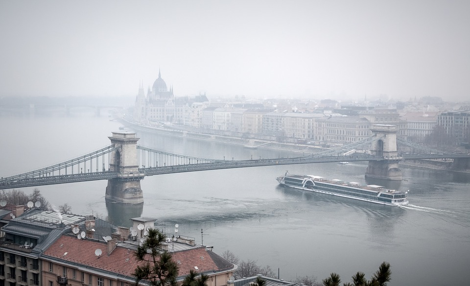 budapest-2058395_960_720.jpg