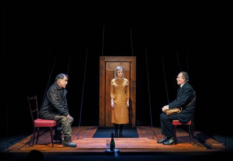Ibsen Kísértetek - Alföldi rendezésében a Centrál Színház Színpadán
