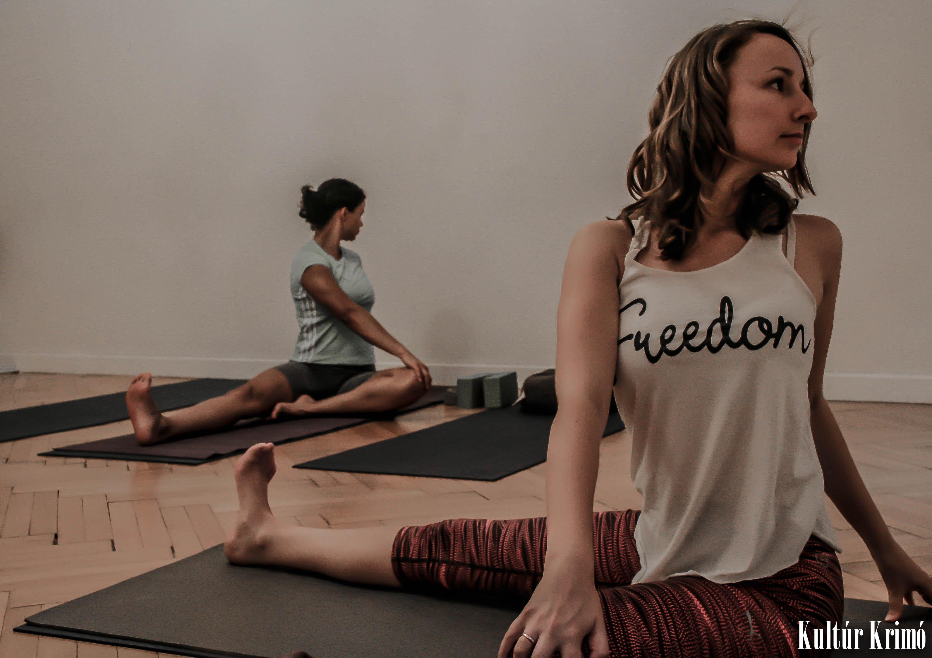 Tina Yoga - 2016