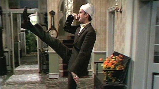 Fawlty-Towers-The-Germans.jpg