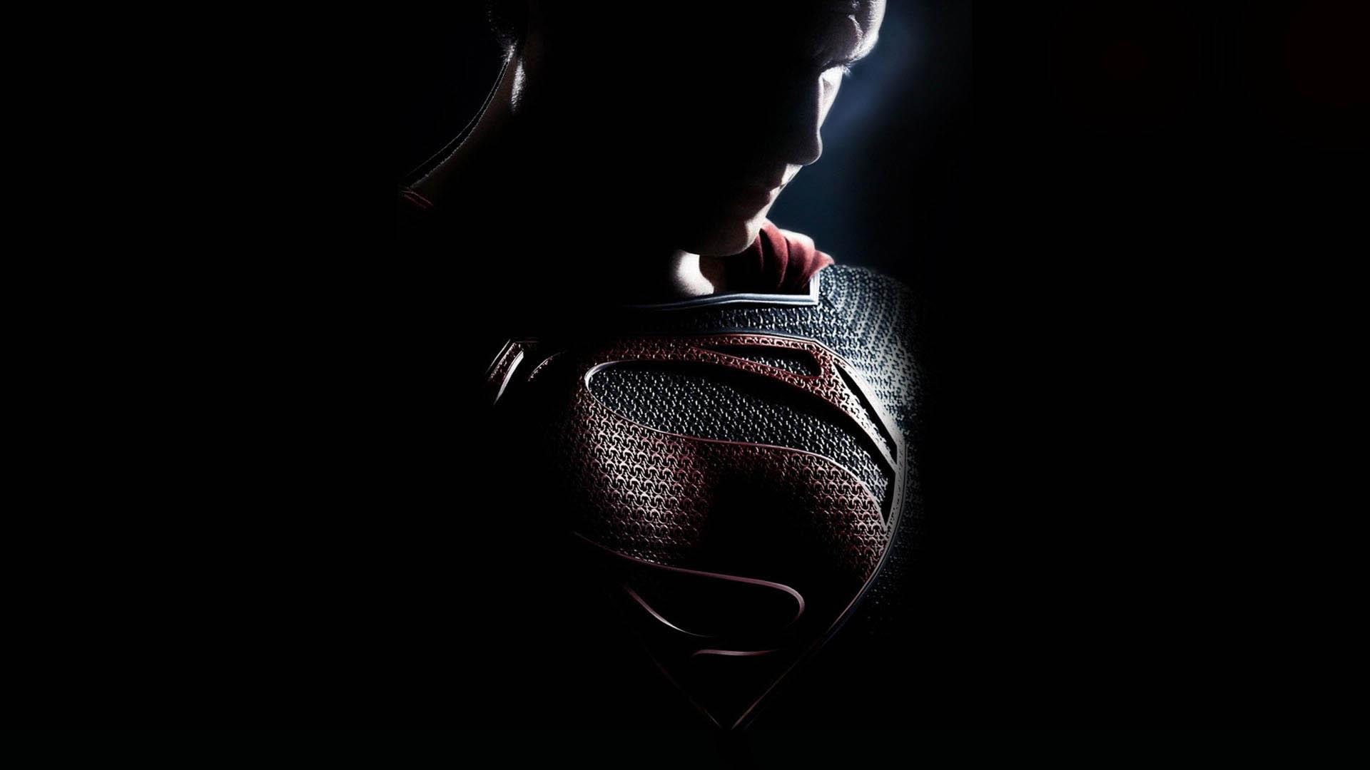 Man-Of-Steel-2013-chest-look.jpg
