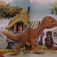 Mesél az erdő a kis dinoszauruszról