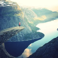 Valóban képesek a jógik vízen járni? Őrült kaland, Himalája