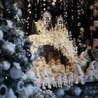 Megnyílt idén is a Karácsonyház!