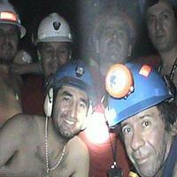 A sötét mélyben - így élt túl 33 bányász 69 napot a bányában rekedve