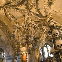Csontkápolna: hátborzongató, sokkoló és mégis gyönyörű!