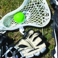 Lacrosse: húsz ember botokkal és lepkehálóval kergeti egymást!