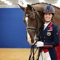 Egy olimpiai bajnok és táncoló lova