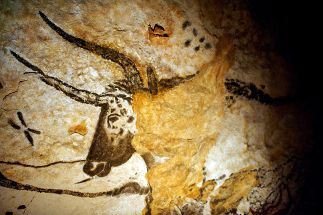20120710-lascauxi-barlangrajzok-a-nagyszarvu-bika.jpg