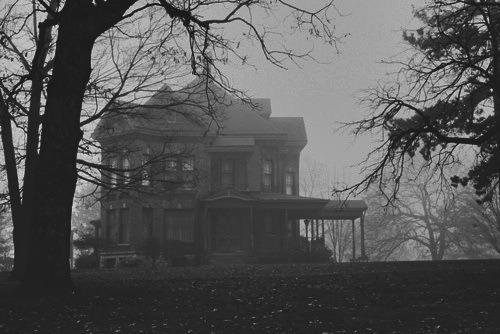 black-white-dark-house-mansion-favim_com-3227694.jpg