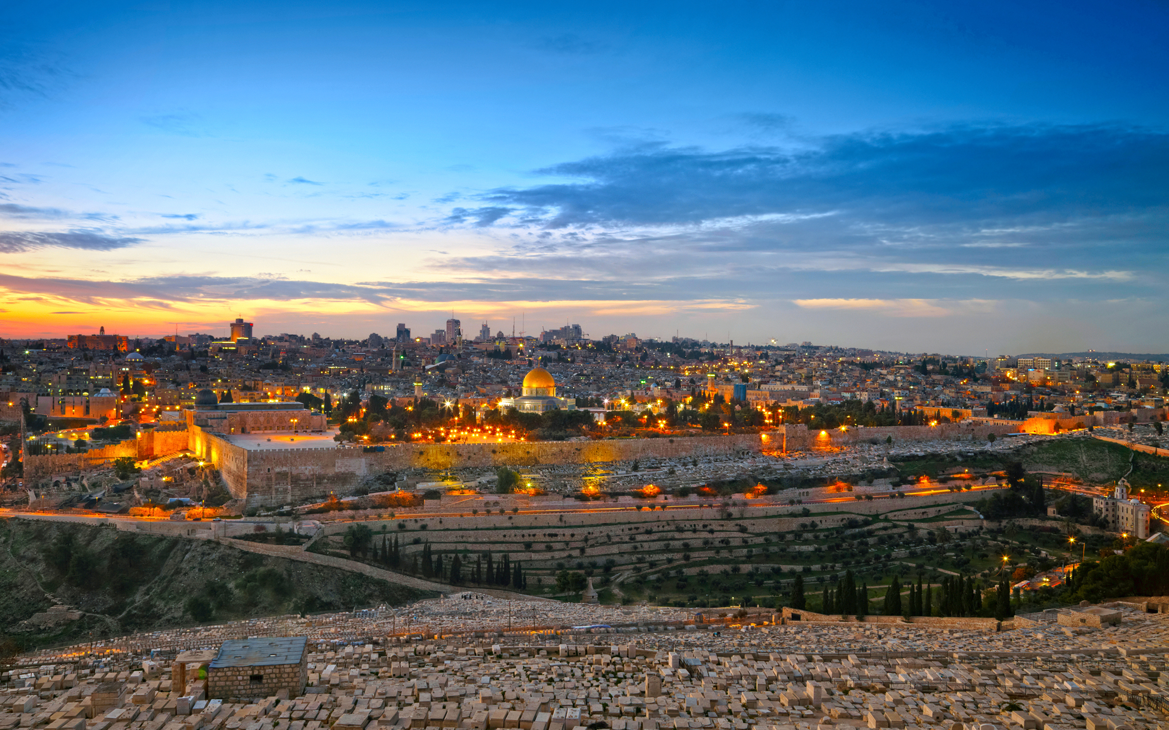 israel_houses_sky_464658_3840x2400.jpg