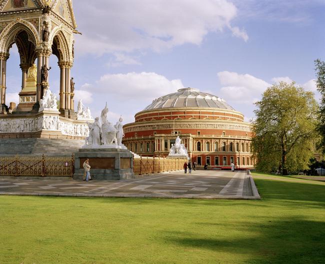 romantic-london-rah_exterior_daytime_from_hyde_park_highres.jpg