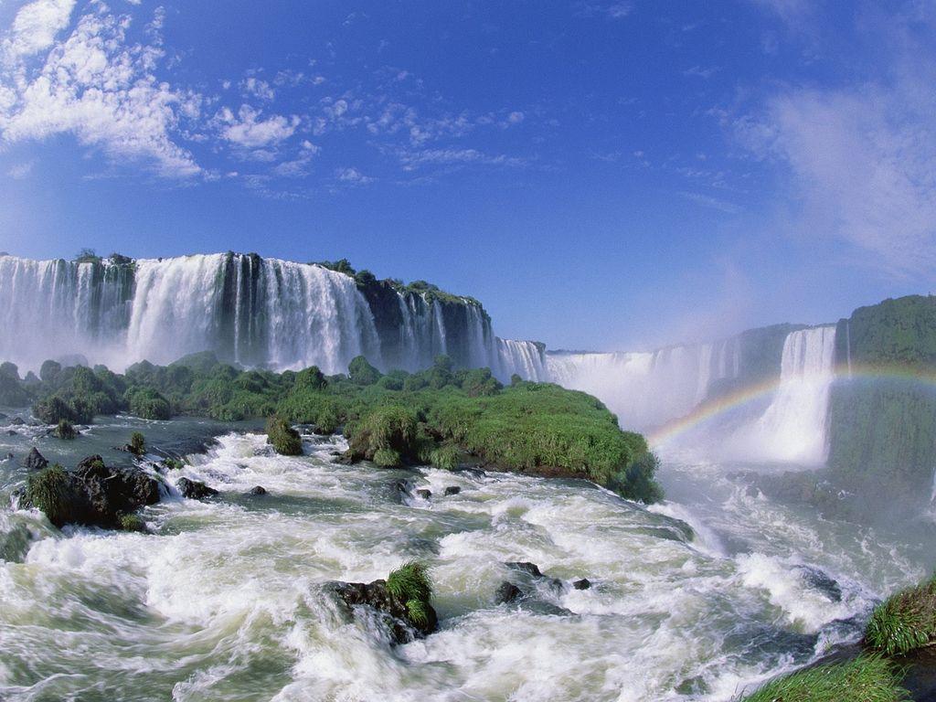 09_iguazu_falls.jpg
