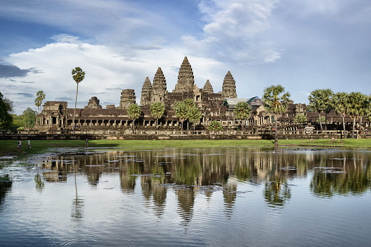 angkor-wat-cambodia-historic-ruins-architecture-hd-wallpaper-preview.jpg
