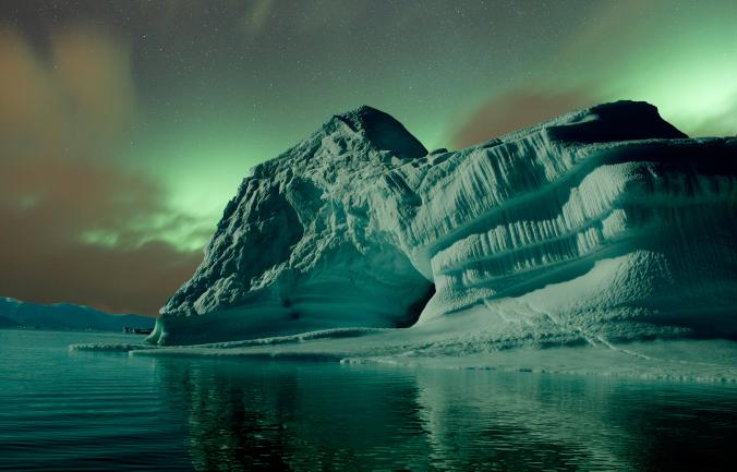 aurora-greenland_adapt_676_1.jpg