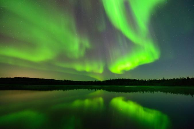 aurora-yellowknife-canada_adapt_676_1.jpg