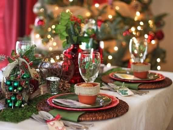 christmas-table-setting-and-centerpieces-ideas-12.jpg