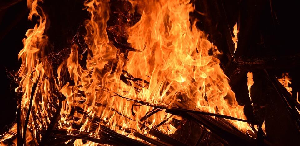 fire-2197606_960_720.jpg