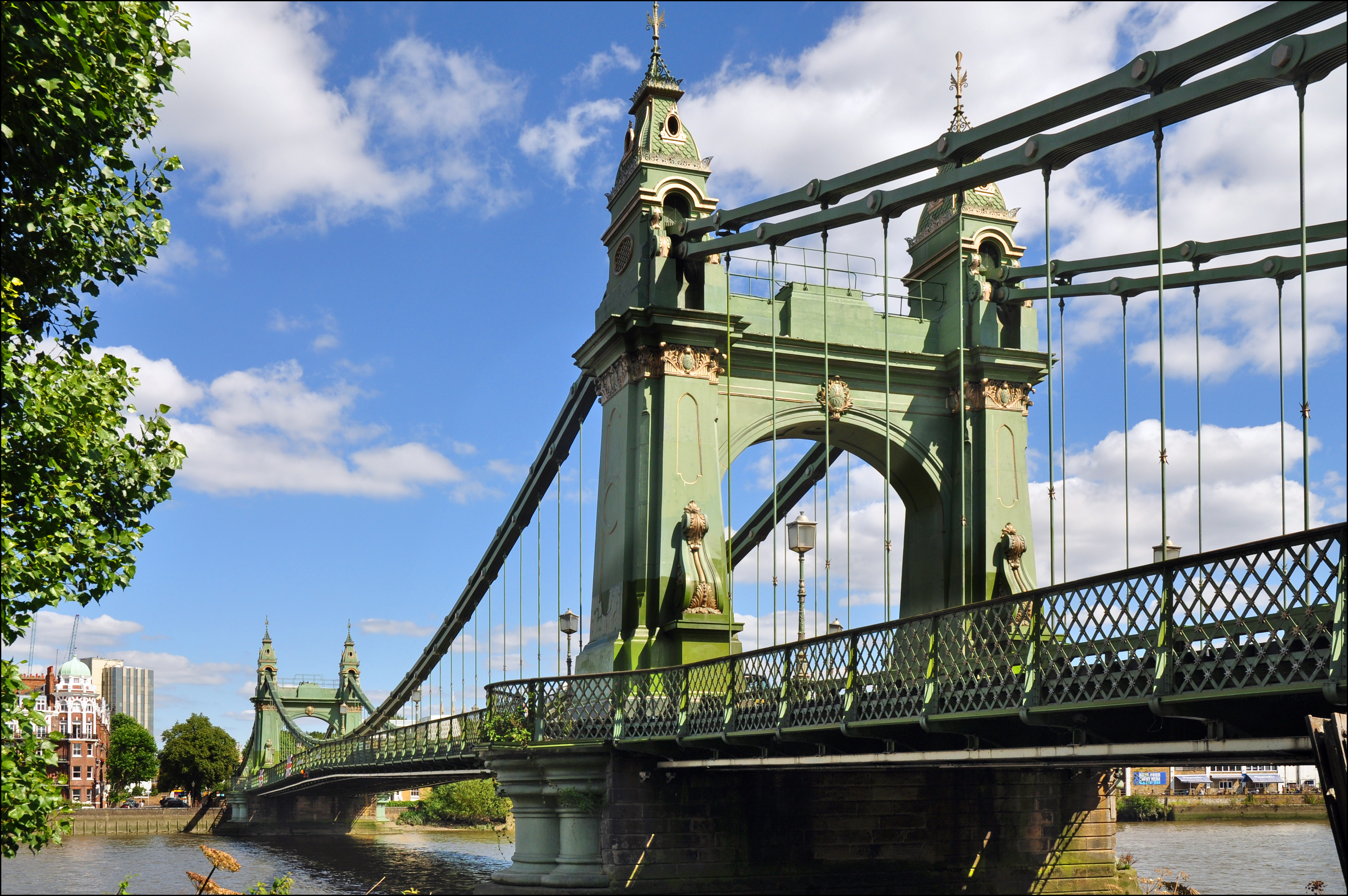 hammersmith_bridge_south.jpg