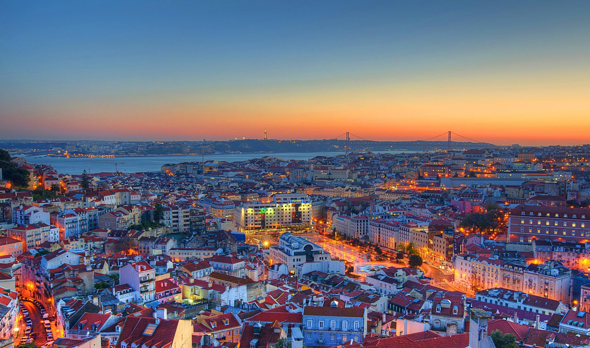 lisbon-city-evening-wallpapers_1.jpg