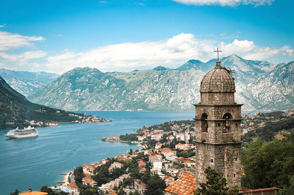 montenegro-kotor-bay-village-mountains-is-30314202-lg-rgb.jpg
