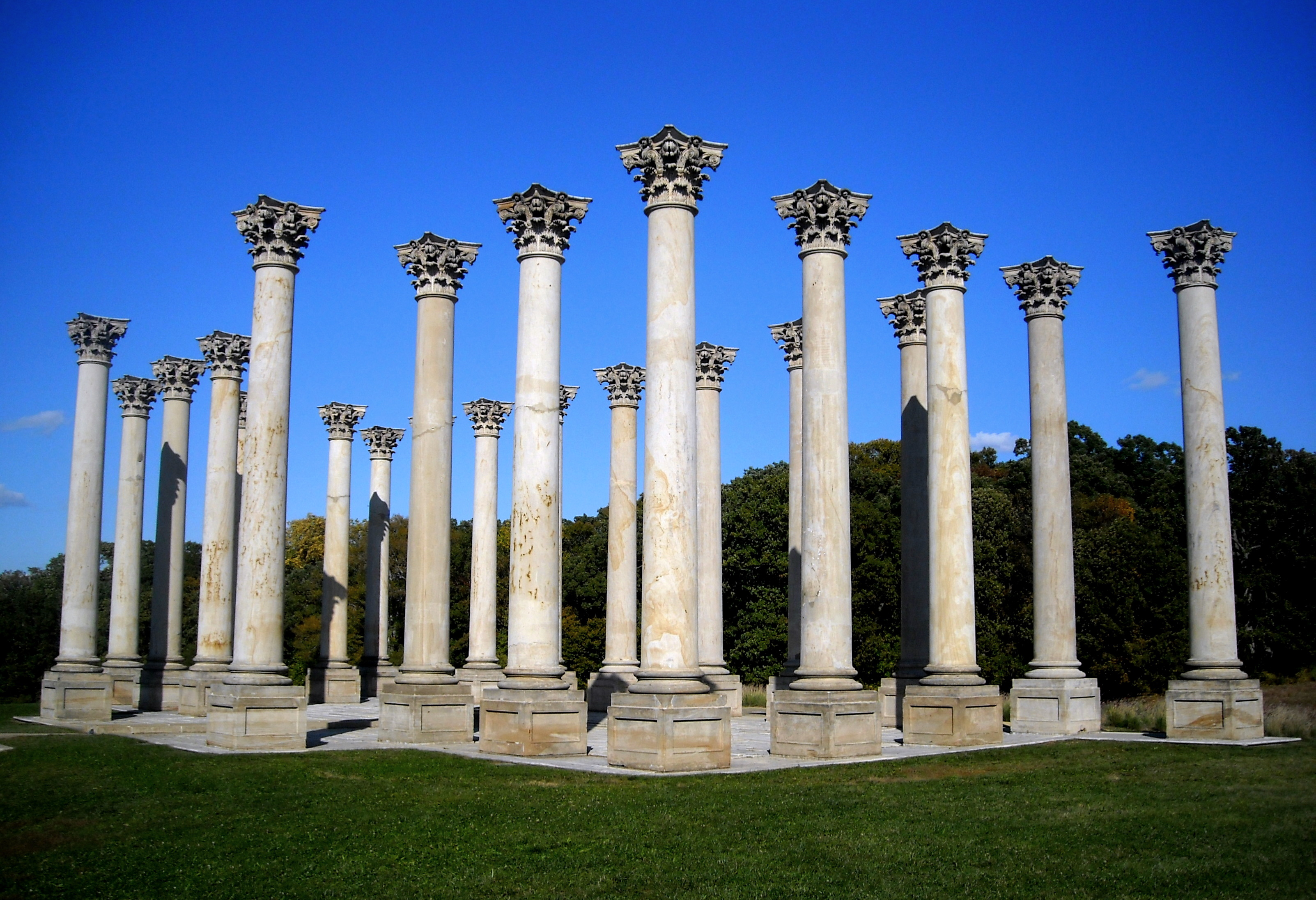 national_capitol_columns_sw_view.jpg