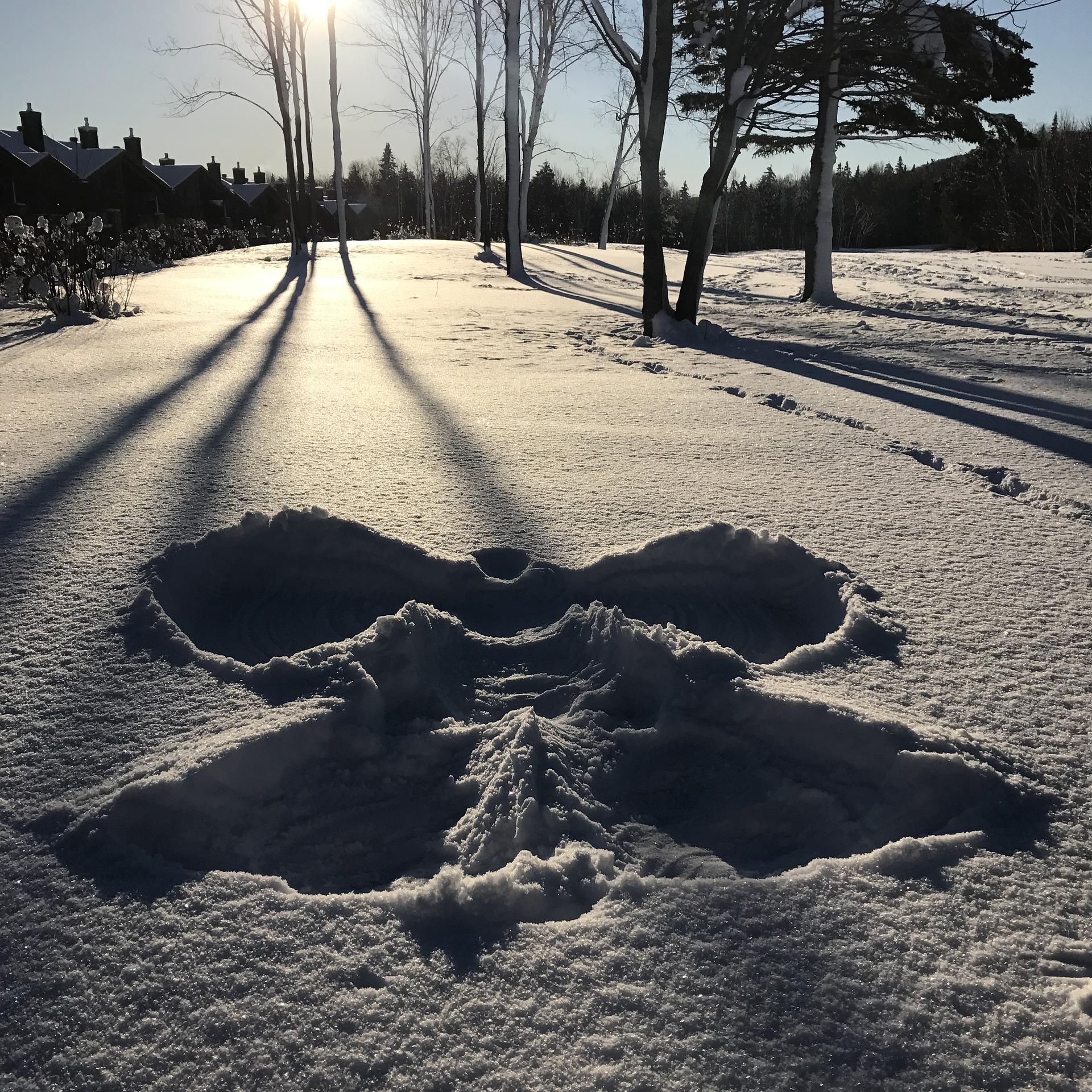 snow-1886487_1920.jpg